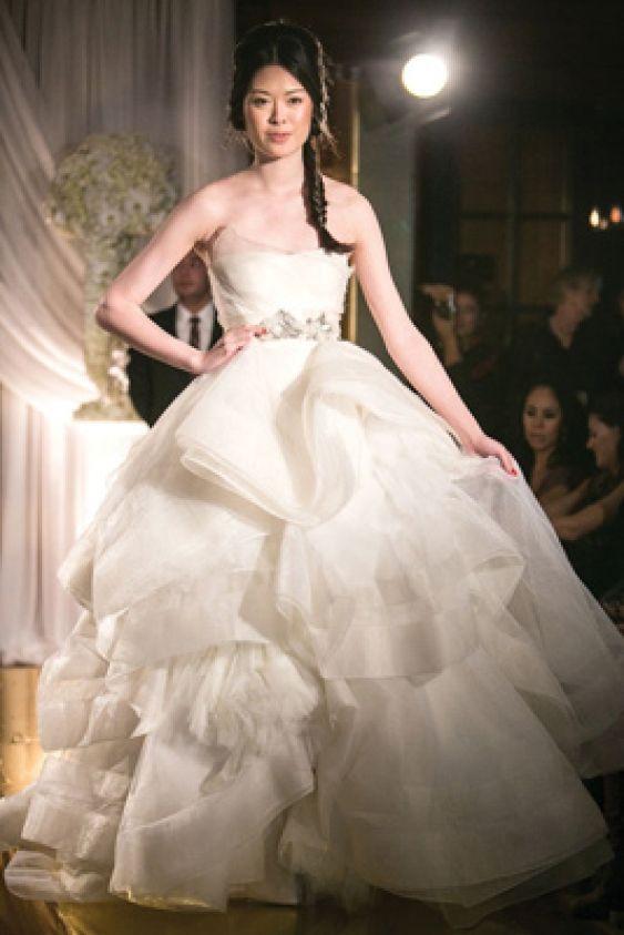 Beautiful Katherine in Ivory Vera Wang http blushoccasions Vera Wang BlushIvoryWedding Dress