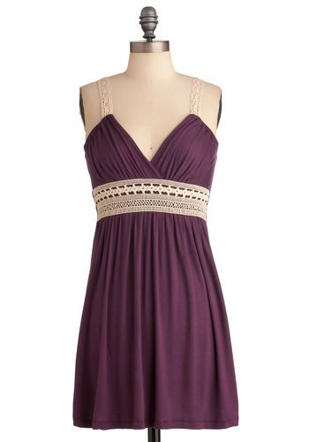 pretty bridesmaids dress.  Would be nice if the color was a little brighter!