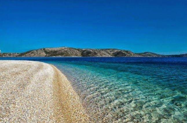 Αυτή είναι η Ελληνική παραλία που θυμίζει Καραϊβική [photos]