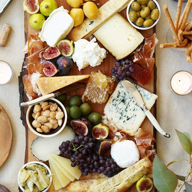 Excellent looking cheese plate by @honestlyyum. Create a full spread by using different types of cheeses (blue, soft, sharp, stinky) & adding colorful fruits (grapes, apples, fresh figs). To finish it up, add some jam or honey and nuts! #ThatCheesePlate #cheese #cheeseplate