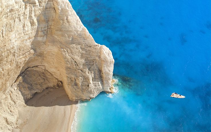 10+ Reasons to Visit Greece this Year