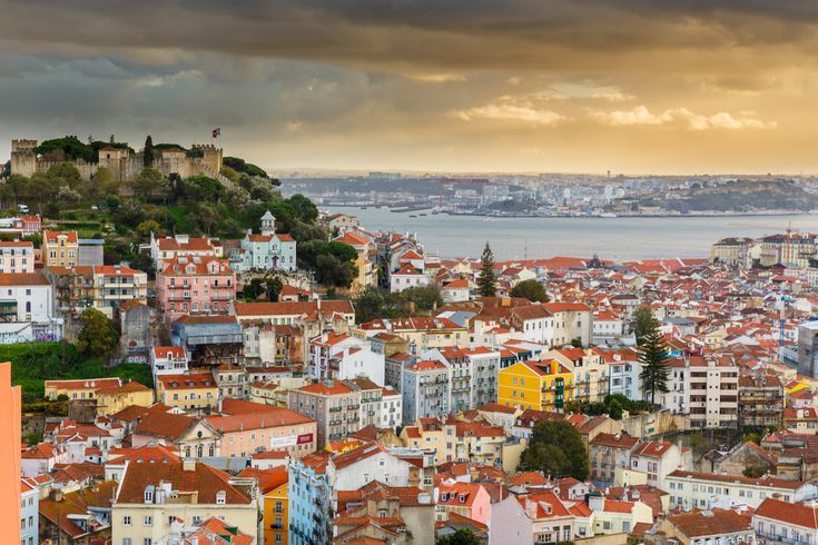 Connecting Iberia: Travel Between Madrid and Lisbon