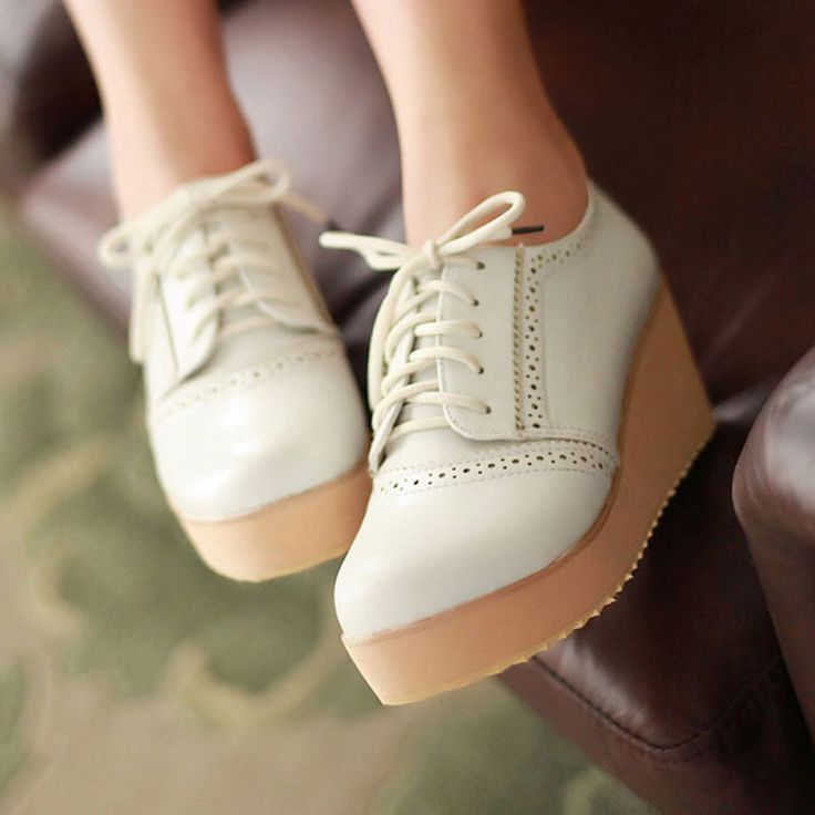 Aliexpress.com : Buy Free shipping,Spring 2013 fashion,flats,Casual shoes,platform shoes,Low heels,ladies and girls,Women's shoes,3 colors,4071 from Reliable platform shoes suppliers on Angel City Factory Store $29.80