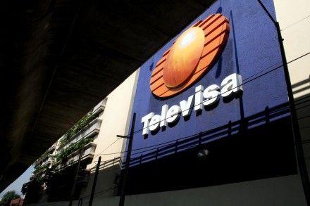 Los siete integrantes del nuevo Instituto Federal de Telecomunicaciones (Ifetel), el organismo regulador de telefonía, televisión e internet en el país, tienen frente a sí un primer gran desafío: resolver el nuevo capítulo de la disputa entre Dish, de Grupo MVS, y Televisa por la retransmisión gratuita de los canales 2, 5 y 9 de la compañía de Emilio Azcárraga Jean, que podría mermarle al consorcio cerca del 5% de sus ingresos totales.