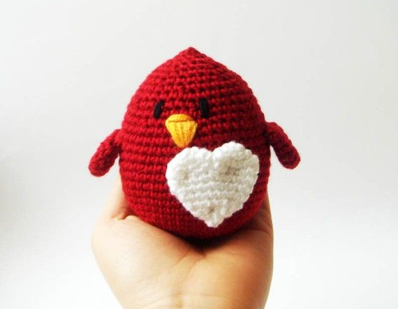Make sure your favorite li'l chickadee knows just how much you love them with this darling Valentine Bird from sabahnur!