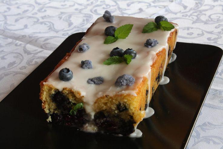 Plumcake glassa ai mirtilli - blueberries cake with lemon icing