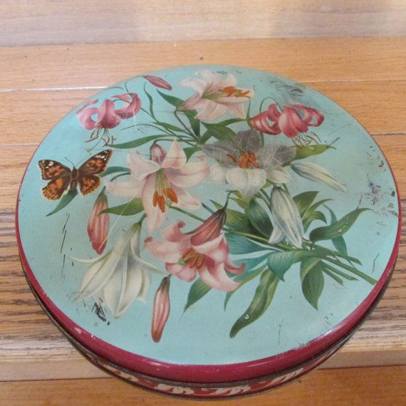 1940's William Crawford & Sons Biscuit Tin by KlinknKlunk on Etsy, $8.00