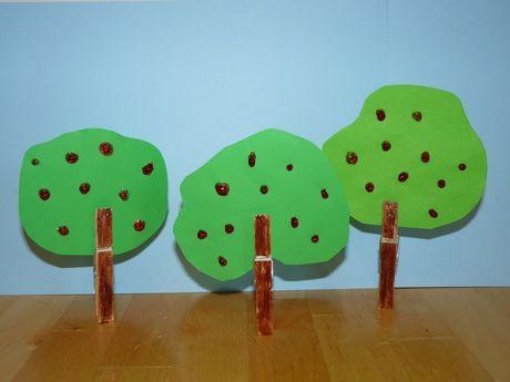 Tvorivo s deťmi: Ovocné stromy z drevených štipcov | Tvorivo s deťmi | Vychovávame | Babetko.Rodinka.sk