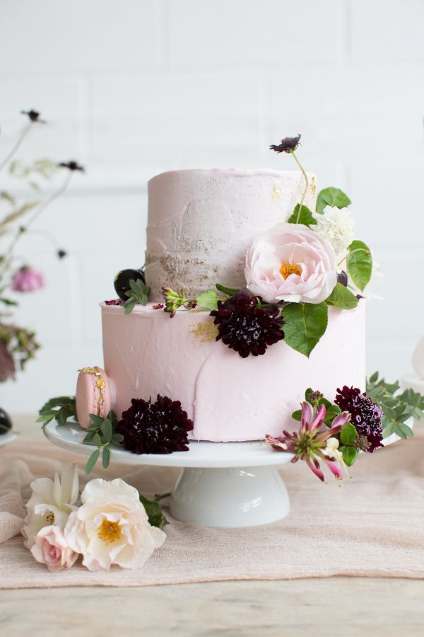 small wedding cakes with fresh flowers best 25 wedding cake fresh flowers ideas on 20244