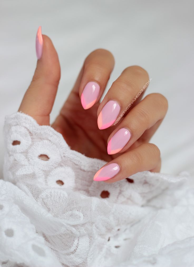 Kosmetyczna Hedonistka: Blog urodowo - lifestylowy | Pielęgnacja włosów | Makeup | Kosmetyki | Moda: KOSMETYCZNI ULUBIEŃCY CZERWCA I LIPCA 2015: SEMILAC, LAMPA LED SEMILAC, MAKEUP REVOLUTION FLAWLESS MATTE I HIGHLIGHT, FARMONA TUTTI FRUTTI, NAOMI CAMPBELL I INNI.
