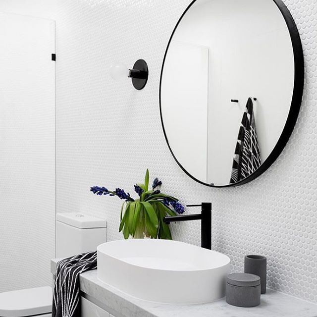 •• A stunner by @gia_renovations, showcasing the beautiful sconce light by @doweljones , available from us. Tap for more details. Link in profile. Image first seen on the lovely page of @dotandpop #bathroomrenovation #modernbathroom