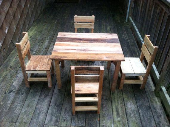 Palette Table et 4 chaises - meubles pour enfants sur Etsy, $676.97 CAD