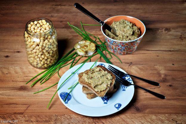 Avokádový hummus
