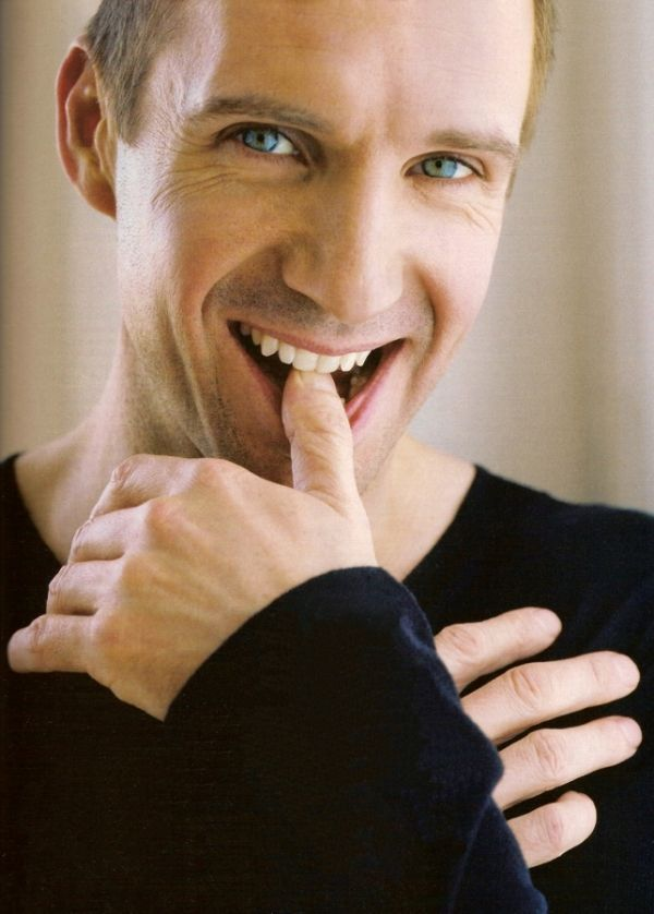 ralph fiennes...who knew voldemort was good looking?