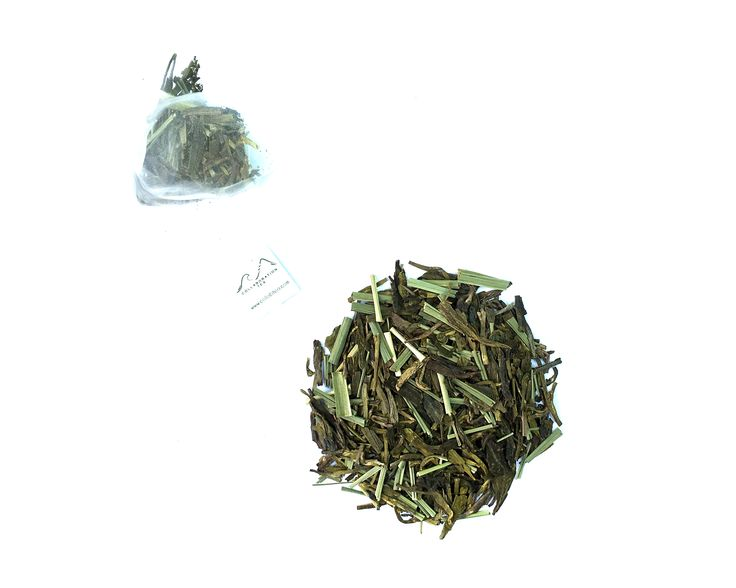 Lemongrass Breeze - Premium Longjing Green Tea, Lemongrass // Lemongrass Green Tea // www.collabtea.com