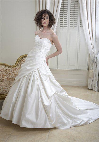 9 best Sale Bridal Gowns images on Pinterest | Short wedding gowns ...
