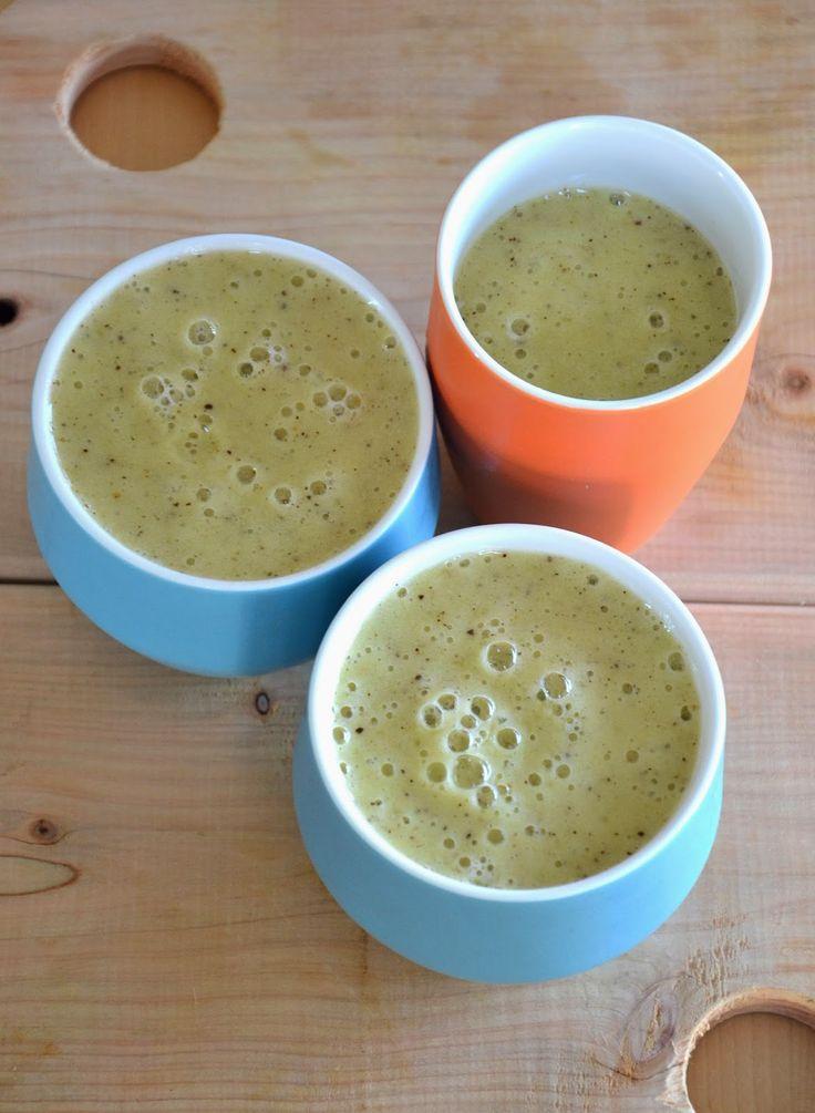 banana/kiwi smoothie http://lesamoursperissables.blogspot.fr/2014/07/le-smoothie-bananekiwi.html
