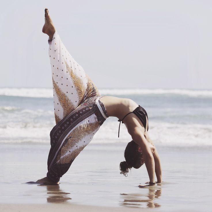 YOGA – Mady Morrison – Yoga Lifestyle