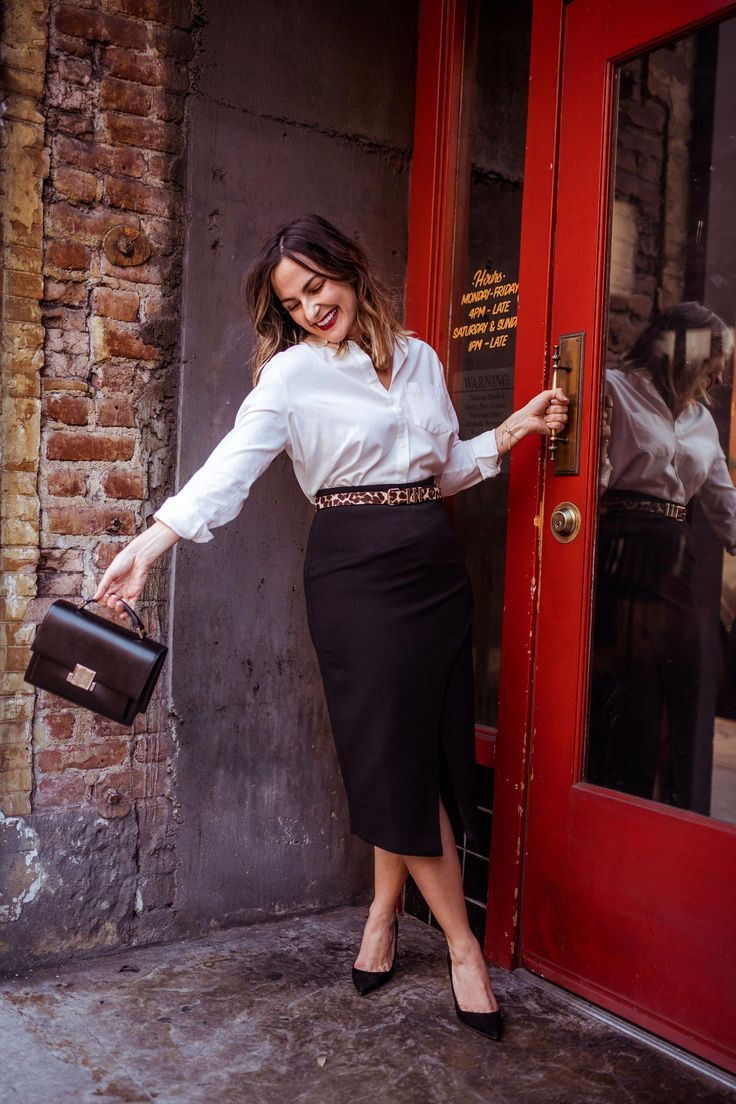 wear to work outfits office chic #WORKCLOTHES #chic #Office #Outfits #Wear
