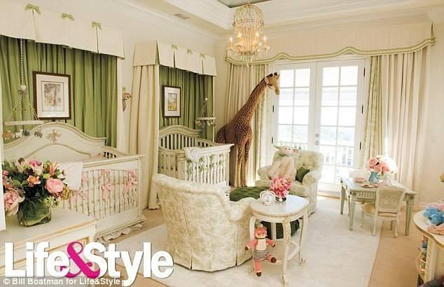 CARAS - Bebê - Confira a decoração dos quartos dos filhos dos famosos e inspire-se!  Mariah Carey mostra o quarto dos gemeos