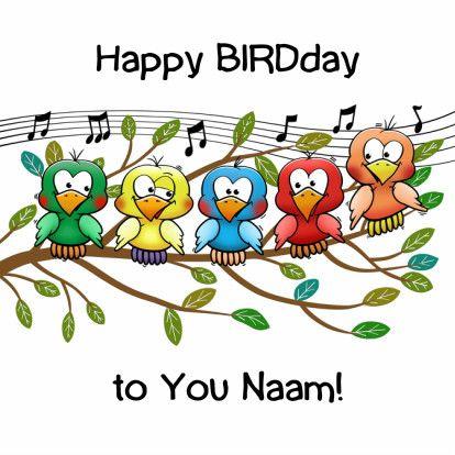 Grappige verjaardagskaart met tekst: Happy BIRDday. Leuke vogeltjes op tak. Pas de Naam aan. Ook leuke binnenzijde met vogel en slingers. Design: Hans Elsenburg Te vinden op www.kaartje2go.nl