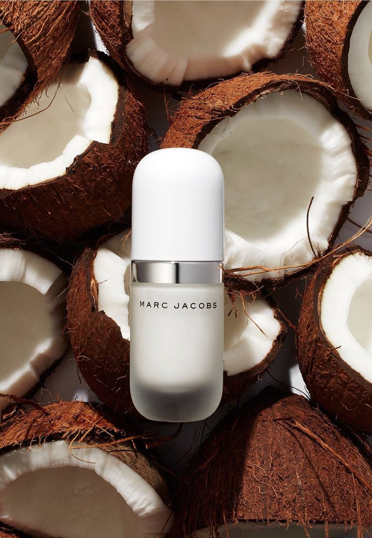Marc Jacobs Coconut Primer. Makes your skin dewy.