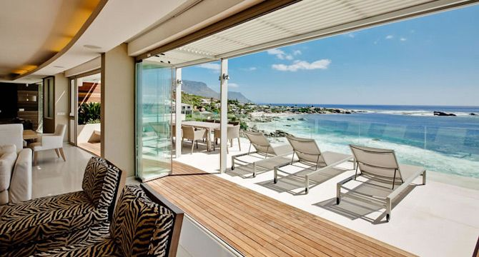 Frameless glass sliding folding doors have become increasingly popular during the last few years. This is especially evident in regions that get a lot sun, where indoor-outdoor living is an inseparable part of everyday life.