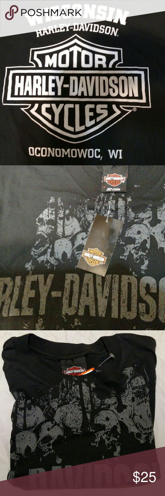 Harley Davidson T-Shirt Harley-Davidson & Gray Skulls on Front. Harley-Davidson Oconomowoc, WI on Back in White Print. Men's Small, Women's Medium. Harley-Davidson Tops Tees - Short Sleeve