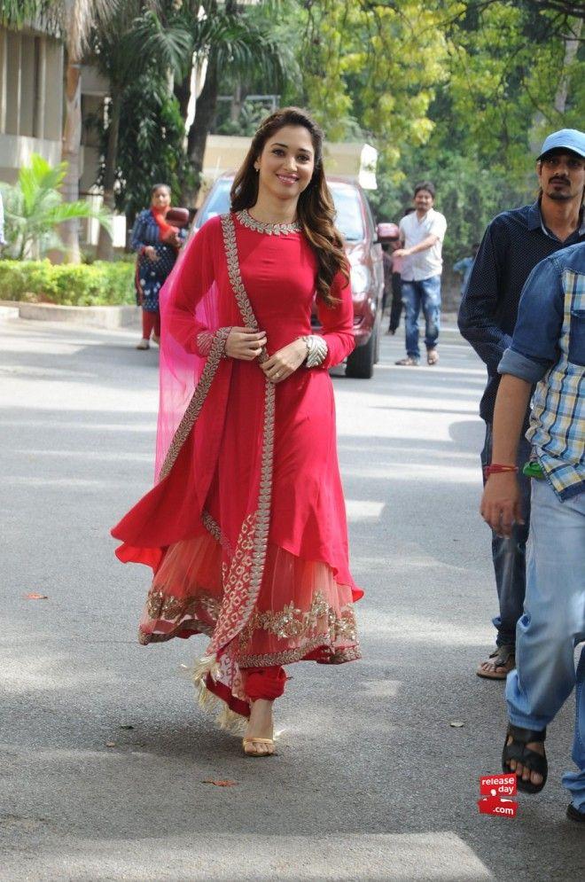 Tamanna Bhatia In Sabyasachi Mukherjee #tamanna #sabysachi #anarkali #salwarkameez #churidarsalwarkameez #redanarkali #reddress #fblogger #fashionista #bollywood #btown #redpartyweardresses #diwali