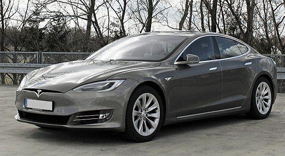 Tesla Model S (Facelift ab 04-2016) trimmed.jpg