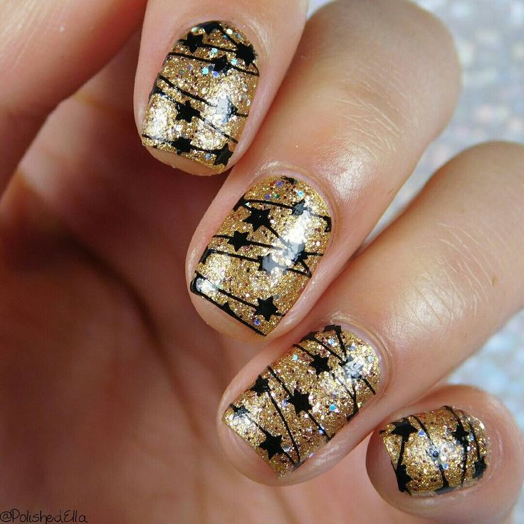BORN PRETTY Christmas stamping nails, more details shared by bornprettystore.com…
