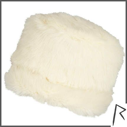 #RihannaforRiverIsland Cream Rihanna faux fur cossack hat. #RIHpintowin click here for more details >  http://www.pinterest.com/pin/115334440431063974/