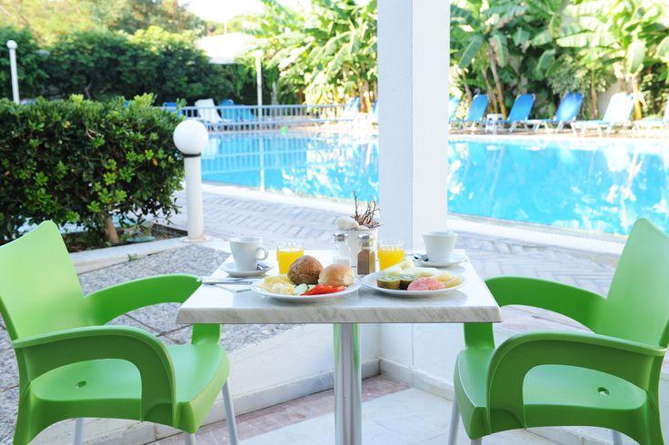 Breakfast by the pool. | #koshotel #kostown #kosisland #bythepool