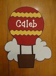 Hasil gambar untuk hot air balloon classroom decoration