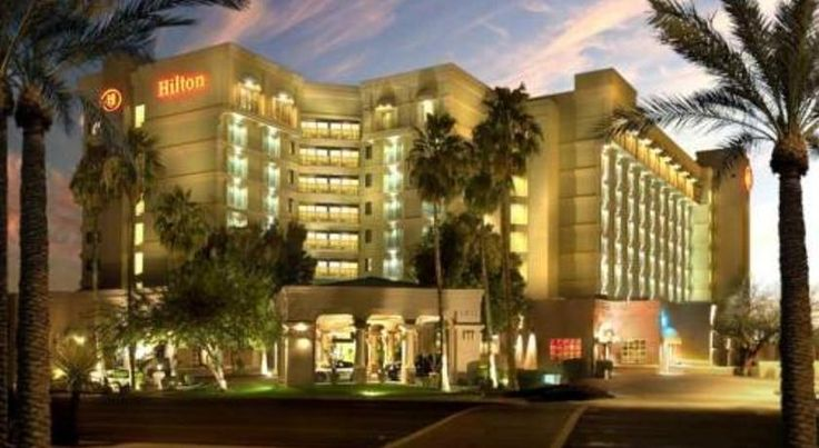 Hilton Phoenix/Mesa Mesa Situated in the East Valley, across the street from the Fiesta Mall and next to a 9-hole golf course, this Mesa, Arizona hotel offers guestrooms with contemporary amenities and relaxing facilities.