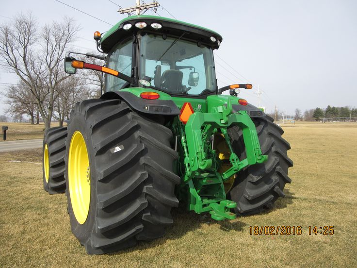 Rear of john deere 8360r with large 1100 45r 46 tires for Big tractor tires for free
