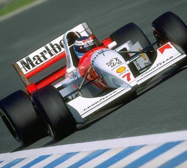 #mclaren #peugeot #marlboro #mikahakkinen #motorsport #f1 #f1vintage #instalike #like4like #follow4follow #itsallaboutracing  Mika Hakkinen - McLaren Peugeot - 1994