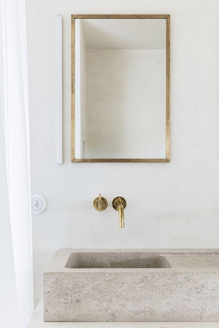 Bathroom detailing