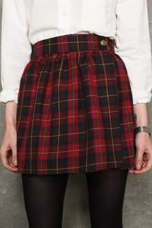 Vintage Renewal Plaid Skirt  This skirt is perfect.  And not just because i would feel like Lynz Way if I wore it.