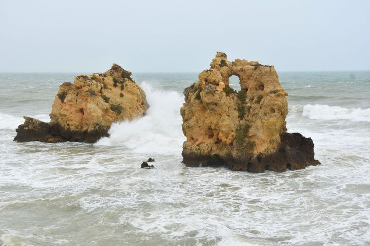 Going to Albufeira but not sure what to see around? No worries, you are at the right place to discover best beaches and places in Albufeira!