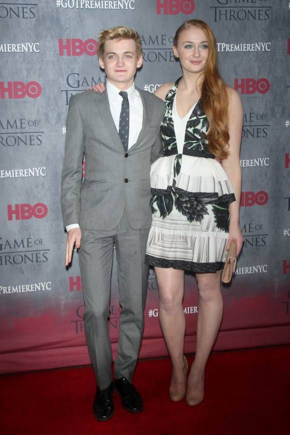 Game Of Thrones Ladies: Red Carpet Evolution From Season 1 ...