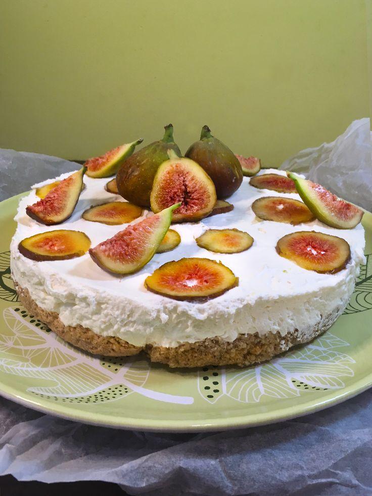Walnut cake with figs and mascarpone cream