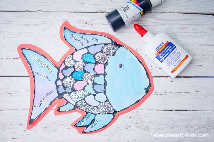 Best 25 rainbow fish template ideas on pinterest for Rainbow fish craft