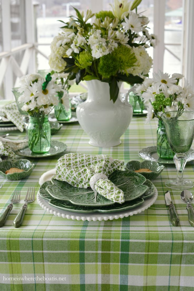 Pulling Out the Green and St. Patrick's Day Table on the porch | homeiswheretheboatis.net