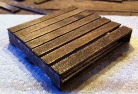 how to make a pallet coaster This link has the tutorial, not just a picture of the end product.