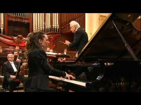 Chopin Competition 2010 - Yulianna Avdeeva - Piano Concerto no1 in e min...
