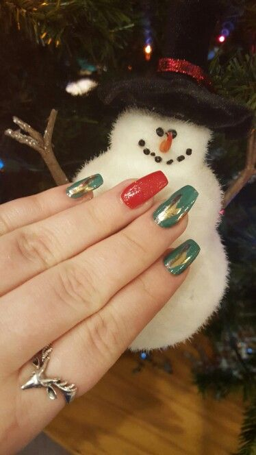Jamberry frosted forest; holiday jamberry 2015; Christmas nails; coffin nails; jamberry on acrylic; stag ring; jamberry and nail polish