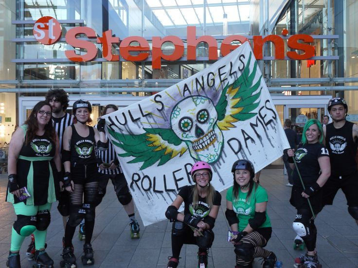 Student Invasion @St Stephen's Shopping Centre #hullsangels #rollerderby