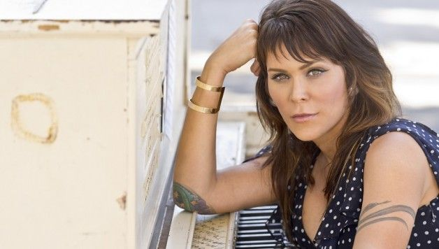 Review of Beth Hart at The Metro Theatre, Sydney, Australia.