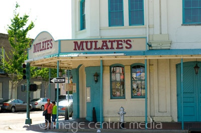mulates new orleans - http://www.travelguidenpx.com/pictures/what-to-do-new-orleans-food.html#